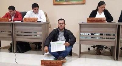 Caazapá: Concejal de Tavaí exige merienda escolar inmediata
