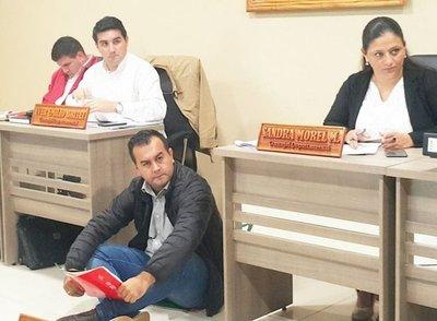 Edil departamental exige merienda escolar en Caazapá