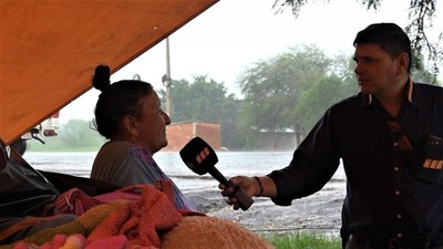 Pobladores abandonaron sus hogares tras inundación en el Chaco
