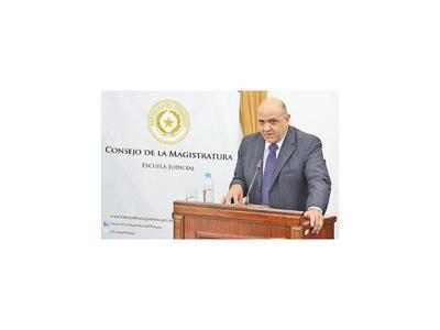 González Macchi lidera lista de candidatos  para  la CSJ