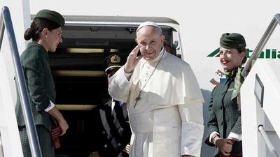 El papa pide «fraternidad» en Europa antes de viajar a Bulgaria y Macedonia