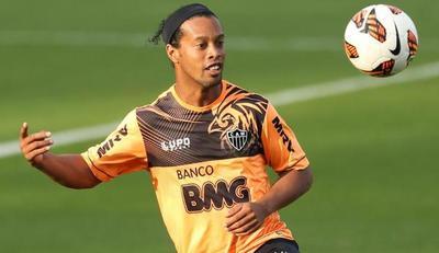 Ronaldinho será el invitado estrella