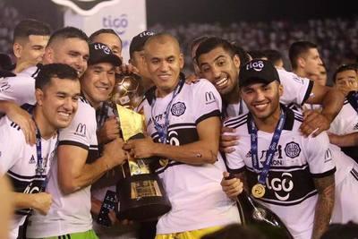 Olimpia, 43 veces campeón del fútbol paraguayo