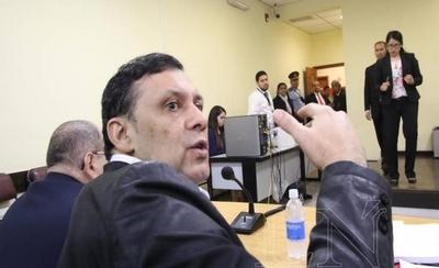 HOY / Piden pérdida de investidura de Víctor Bogado