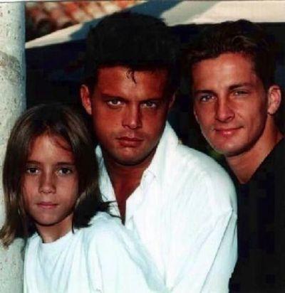 Filtran foto del hermano desaparecido de Luis Miguel junto a Alejandro Basteri