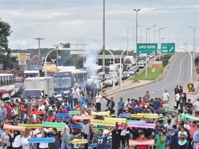 Caravana de importadores de usados se dirige a Asunción