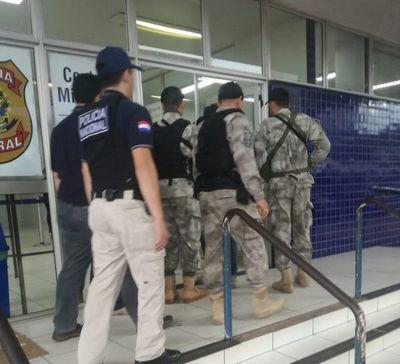 Expulsan a dos presuntos miembros del PCC al Brasil