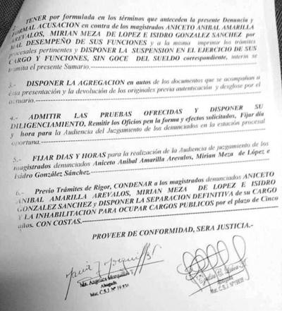 Jurado de Enjuiciamiento diligencia denuncia contra fiscales y jueces en proceso por estafa