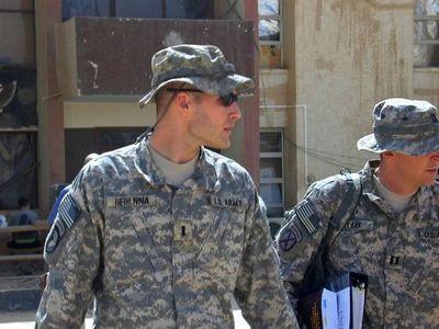 Trump otorgó un perdón presidencial a un ex militar condenado por un crimen de guerra
