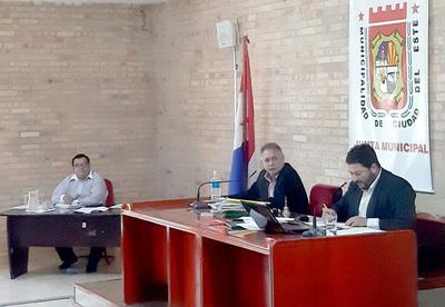 Miguel Prieto gobernará con una Junta Municipal presidida por un zacariista