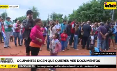 Itauguá: desalojan a familias