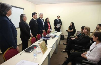 Curso de entrenamiento en expresión oral y escrita en guaraní