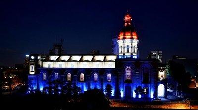 Iglesia de la Encarnación se asocia a fiestas patrias con nueva iluminación