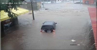 """Mario Ferreiro: """"Desagüe pluvial cubre menos del 25 % de Asunción"""" · Radio Monumental 1080 AM"""