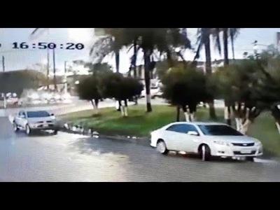 Joven que cruzó semáforo en rojo falleció en Encarnación