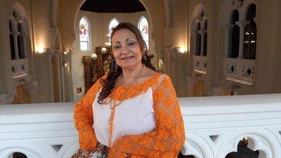 Homenaje a la patria y a la madre en España