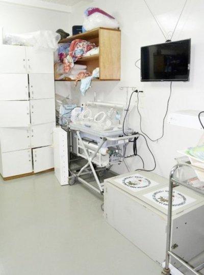 Hurtan equipos de terapia del hospital de Encarnación