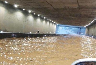 Intenso temporal causa estragos y el cierre de Costanera Norte en Asunción
