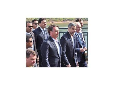 Marito reivindica la milicia y Bolsonaro a Stroessner