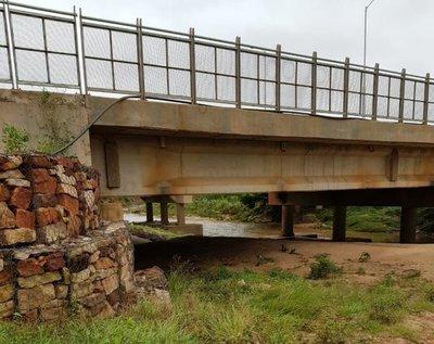 La lluvia y la codicia dejan bajo agua a 700 familias en Limpio