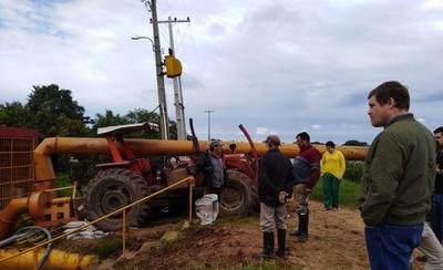 HOY / EBY instala 12 motobombas en Pilar para acelerar drenaje