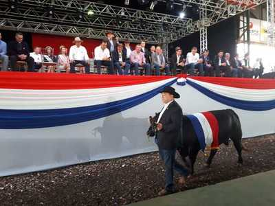 La Expo Santa Rita está en marcha y desafía  entre otras cosas los bajos rendimientos y los menores precios de los productos