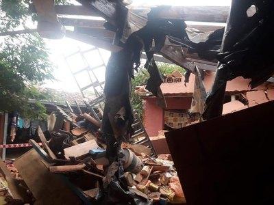 Garrafa explotó y echó una casa