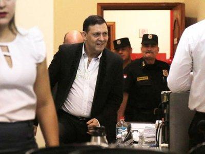 Senado expulsó a Víctor Bogado por corrupción