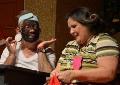 El Inquilino Misterioso Y El Principito Sigue En El Teatro Latino