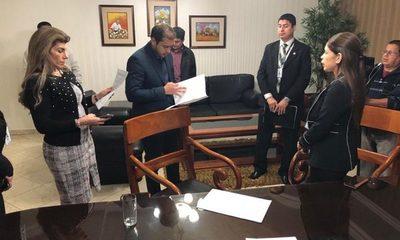 Prieto recibe la institución con G. 50 mil millones afirma intendente saliente