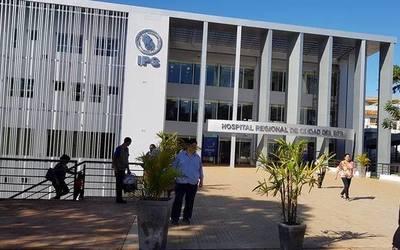 """El """"megahospital"""" del IPS no responde a la demanda por falta de más médicos e insumos"""