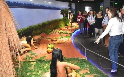 Atractivos turísticos de ITAIPU permanecerán abiertos en fiestas patrias