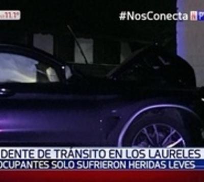 Varios lesionados tras choque en barrio de Asunción