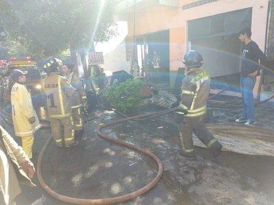 Carpintería sufre incendio en Asunción