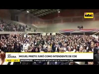 Miguel Prieto juró como intendente de CDE