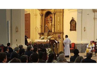 """Iglesia habla sobre crisis política y del matrimonio """"tradicional"""""""