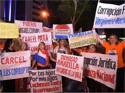 Escrachadores anuncian que ahora insistirán por caso de Tomás Rivas