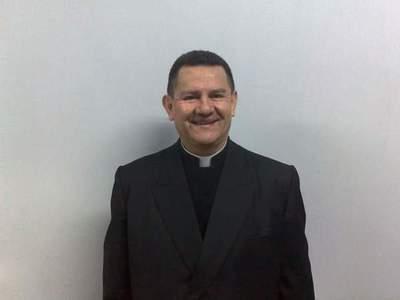 Padre salesiano fallece en accidente rutero
