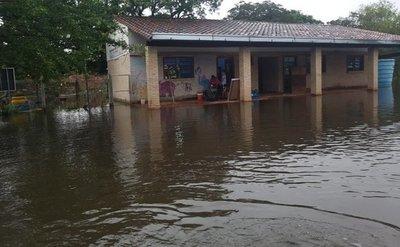 Casi 350 escuelas afectadas por las inundaciones
