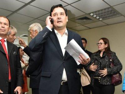 Buzarquis cree que pedido de expulsión es una venganza de HC