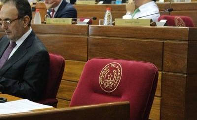 HOY / Cábala de nuevo senador: no sentarse en banca que antes fue de Bogado y González Daher
