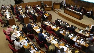 Senado rechaza aumento de impuesto al tabaco, alcohol y bebidas azucaradas