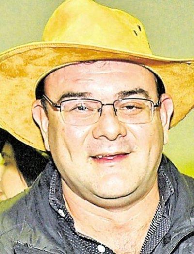 El cartista Rivas chicanea para evitar perder fueros