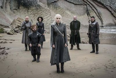 Con metidas de pata y hechos curiosos, Game of Thrones causa revuelo en los fans