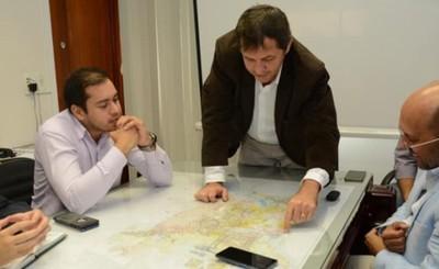 Fructuoso encuentro entre Prieto y prefecto de Foz