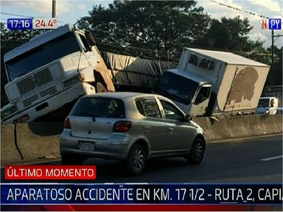 Accidente de tránsito involucra a dos camiones en Capiatá