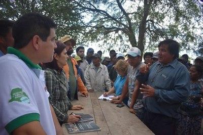 Cierre de ruta Transchaco: Prometen a líderes indígenas arreglar caminos