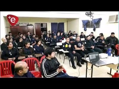 CAPACITAN A BOMBEROS DE ENCARNACION SOBRE MANUAL DE FUNCIONES PARA CARGOS