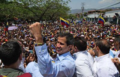 Guaidó afirma que toda mediación debe llevar a la salida de Maduro