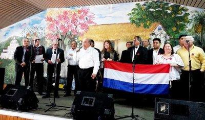 Folcloristas llevaron alegría a paraguayos en Buenos Aires